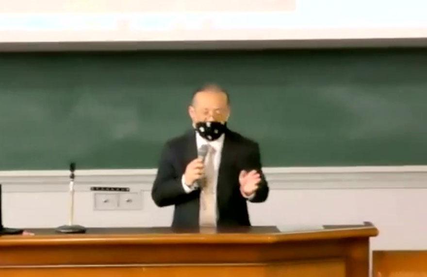 北陸先端科学技術大学院大学(JAIST)大学院入学に関する説明会の様子